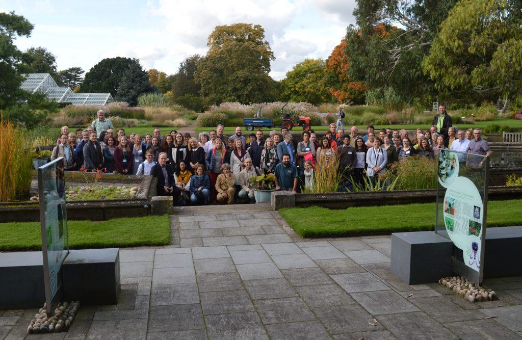 Teilnehmer der Konferenz im Botanischen Garten Kew